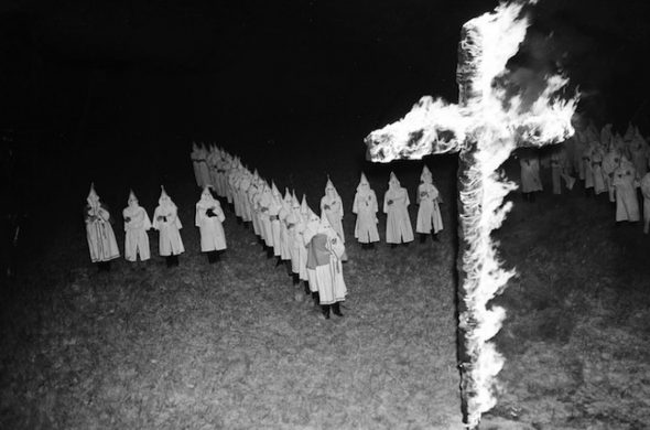 kkk-old-isis-cross-burning